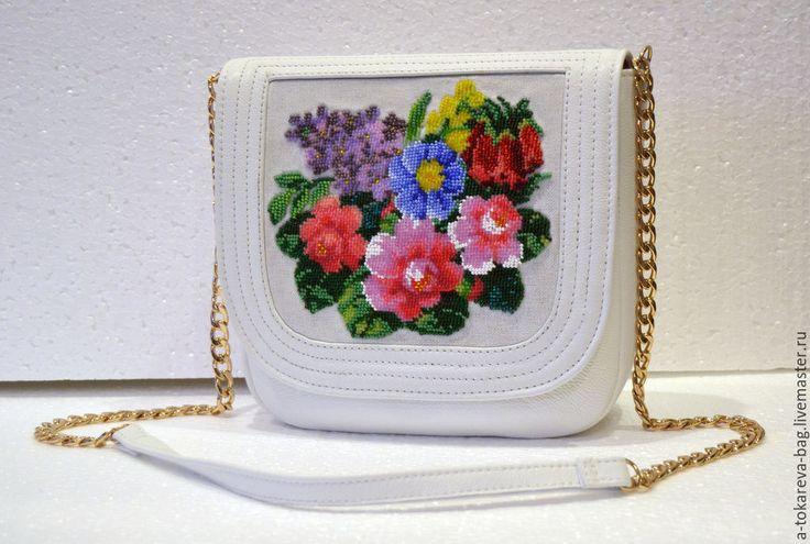 Купить Сумочка вышитая бисером « Summer » - белый, цветочный, клатч, Вышивка бисером