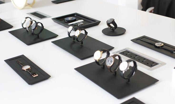 Inside Uniform Wares Watch Studio. http://www.selectism.com/2015/02/11/inside-new-uniform-wares-watch-studio/