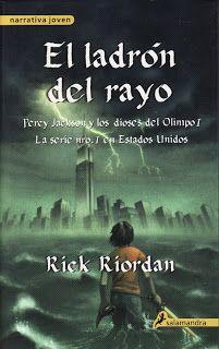"""Eternamente en Tiniebla: Reseña: """"El Ladrón del Rayo"""" de Rick Riordan"""