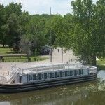 Take a Mule-Drawn Canal Boat Ride in Ottawa, Illinois
