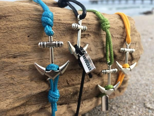 Small Anchor Bracelet