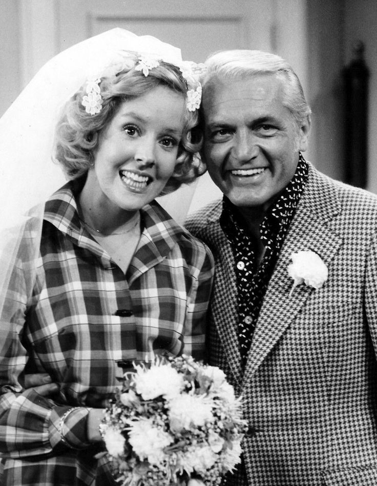 One of today's b'day gals Georgia Engel as Georgette Baxter with her TV 'dude' Ted Baxter on The Mary Tyler Moore Show.