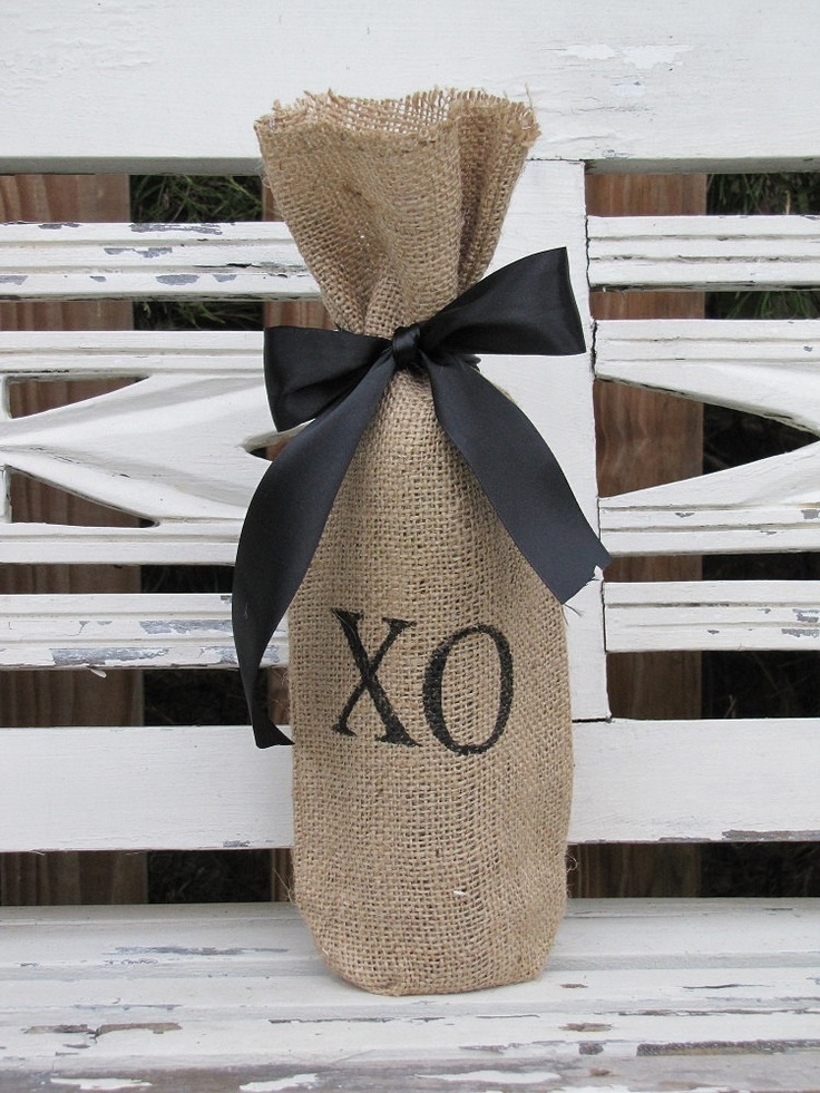 XO Burlap Wine Bag 12 best Gift