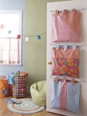 Hanging Door Storage Bags Tutorial These are a bit like the ones sold at Pottery Barn only they were placed on the wall and used tie tabs