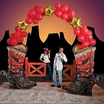 The Western Boot Balloon Arch is the perfect entrance or photo opportunity for any western themed party. The boot arch is a Shindigz exclusive!