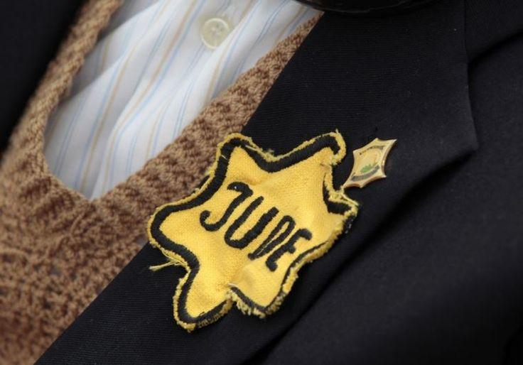 Estados Unidos comienza a pagar indemnizaciones francesas a los sobrevivientes del Holocausto - http://diariojudio.com/noticias/estados-unidos-comienza-a-pagar-indemnizaciones-francesas-a-los-sobrevivientes-del-holocausto/209938/