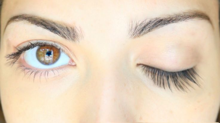 Get Longer Lashes Overnight, SERIOUSLY! ➡️In an empty, clean mascara tube, mix Vaseline, castor oil, coconut oil, and vitamin E oil! Apply a few swipes over eyelashes, like normal mascara, once every night before bed. You should wake up and see results after the first use. I hope this helped!  Check out my page for other beauty related stuff!!   Don't forget to like before saving. ❤️