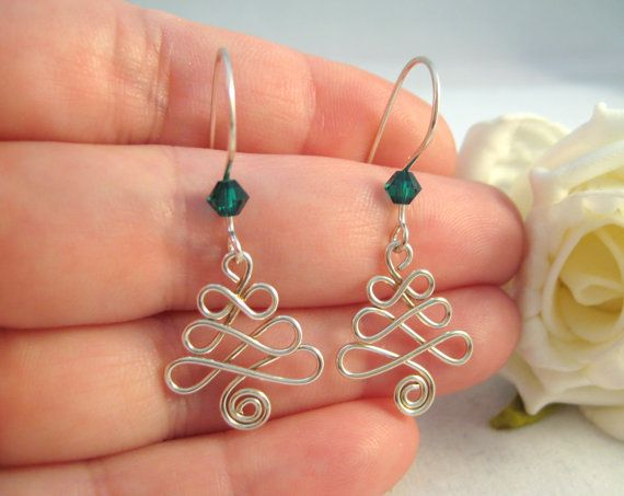 christmas tree earrings wigjig style