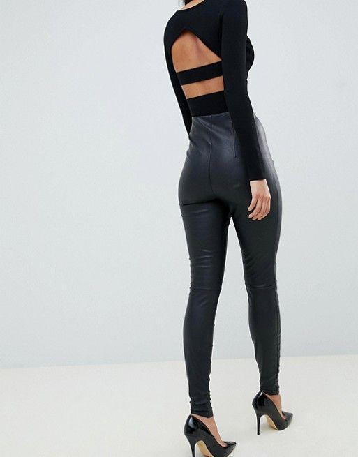 77bb0d85b722 Pantalones de cuero sintético de efecto espray de ASOS DESIGN Tall ...