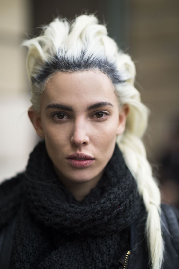bleached-blonde-and-black-hairstyles