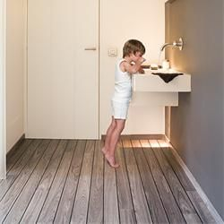 Lagune UR1205 Grey Teak, shipdeck | Quick-Step Laminate flooring This is cool but is supposed to be for kitchens and bathrooms due to the rubber strip