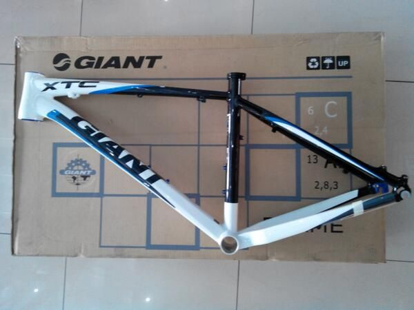 xtc fr size m lepasan fullbike new @ 1 unit saja hub 087839663055