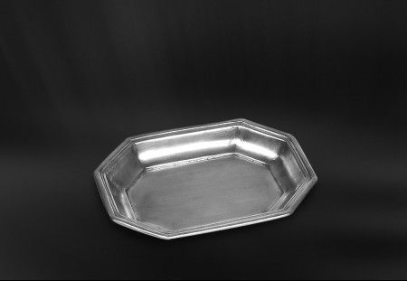 pewter soap dish  http://www.pewter-gt.com/pewter-products/pewter-bath-accessories  #italian #pewter #housewares #manufacturers #madeinitaly #bath #accessories #soap #dish