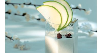 Десерт из яблок — самбук  Десерт из яблок вкусный и полезный! И всегда можно приготовить: яблоки — не заморский фрукт! Лечебное питание предлагает простые, полезные и вкусные рецепты.