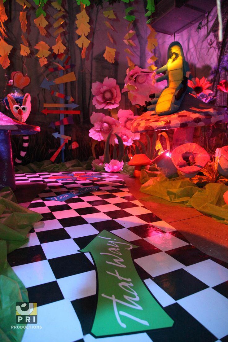 277 best Halloween - Malice in Wonderland images on Pinterest