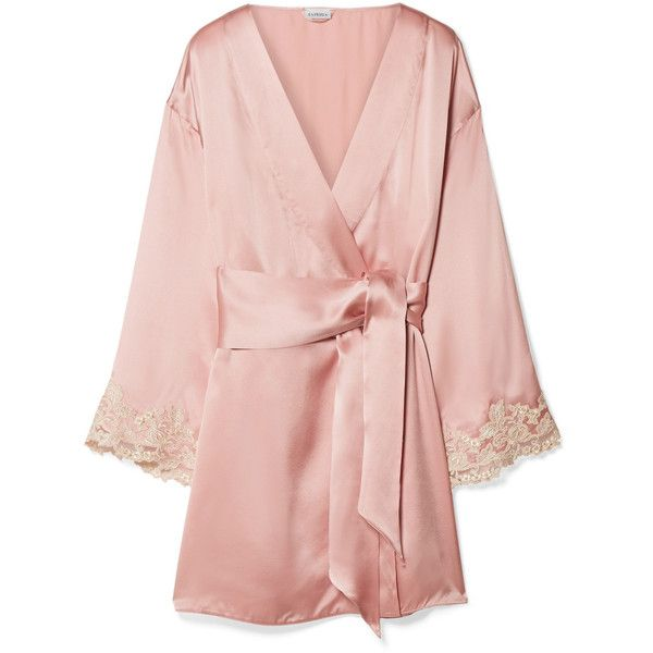 La Perla's robe is part of the label's 'Maison' collection that's celebrates the house's Italian heritage. Made from fluid silk-blend satin, it has kimono-insp…