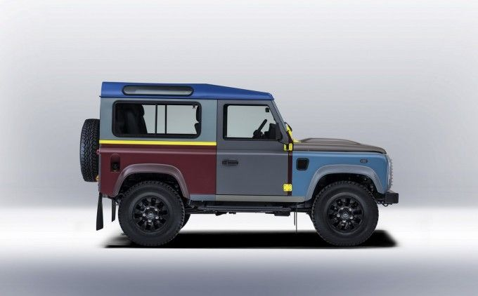 Land Rover e lo stilista britannico Paul Smith hanno collaborato per la realizzazione di un'edizione speciale del Defender personalizzata dal celebre stilista britannico.