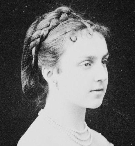 María de las Mercedes de Orléans y Borbón(24 June 1860 – 26 June 1878), Infanta of Spain, Princess of Orléans and Queen of Spain as King Alfonso XII first wife.