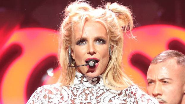 Britney Spears and Her Incredible Abs Continue Their Tour of Japan