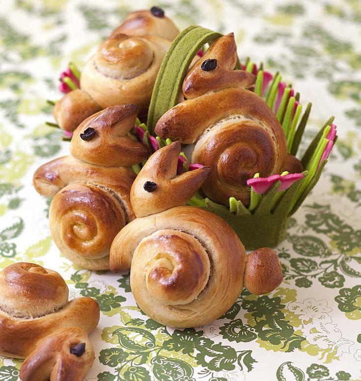 De mignons lapins de Pâques en brioche qui plairont à vos enfants pour votre repas de Pâques ! Facile à faire avec les explications des étapes en photo !