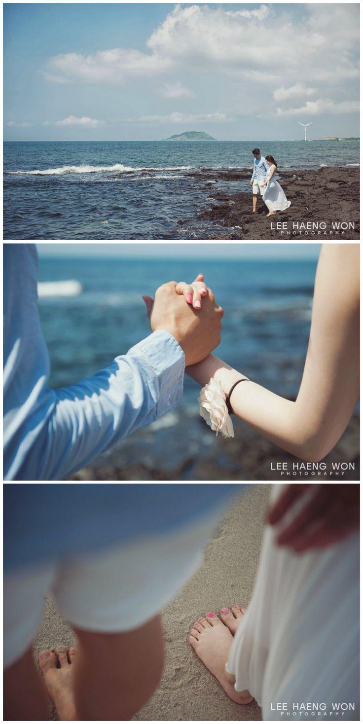 Along the beautiful coast of Jeju Island // Korea prewedding photography