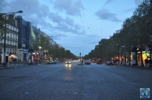 Paris...What a romantic city, that has its main boulevard on Champs-Elysees where most of tourists will do their shopping or simply walk to enjoy the atmosphere