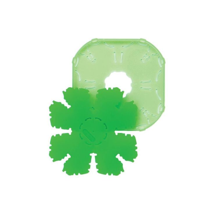 Spread the Luck of the Irish this St. Patrick's Day with a Small Shamrock Shaped Quick Yoyo Maker 8713 #stpatricksday #diy #crafts #artsandcrafts #handmade #homemade #craftycornersau