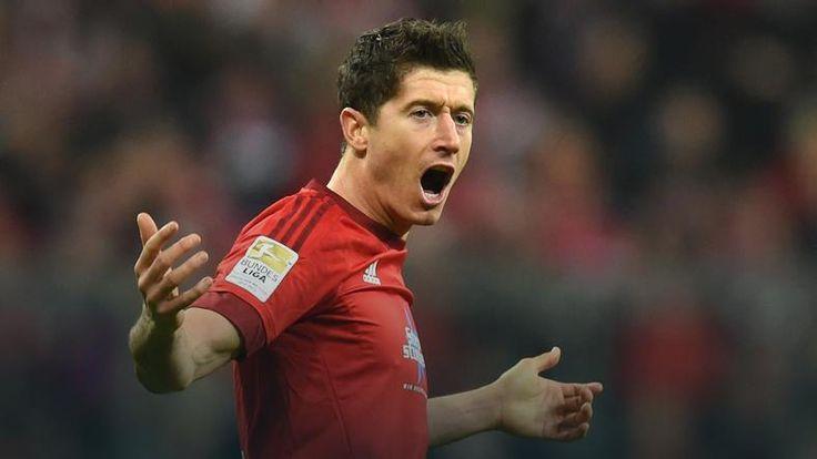"""Die Welt"": pazerny Robert Lewandowski drażni Bayern Monachium"