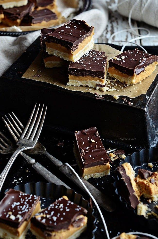 COPYCAT TAGALONGS Peanut Butter Patty cookie bars recipe. Yummy dessert bar recipe.
