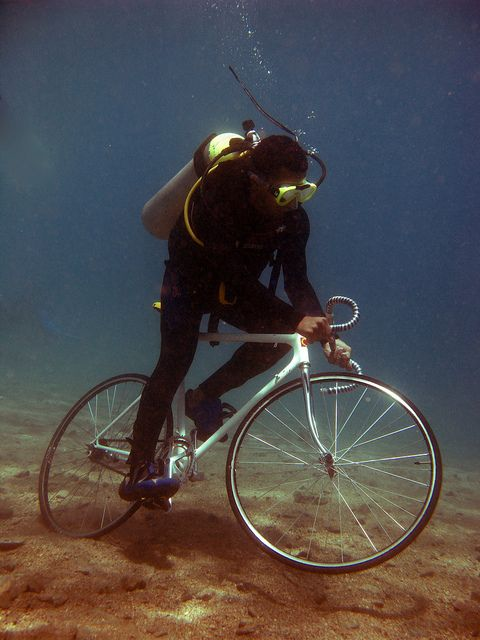 skidding under water #fixie #fixed gear