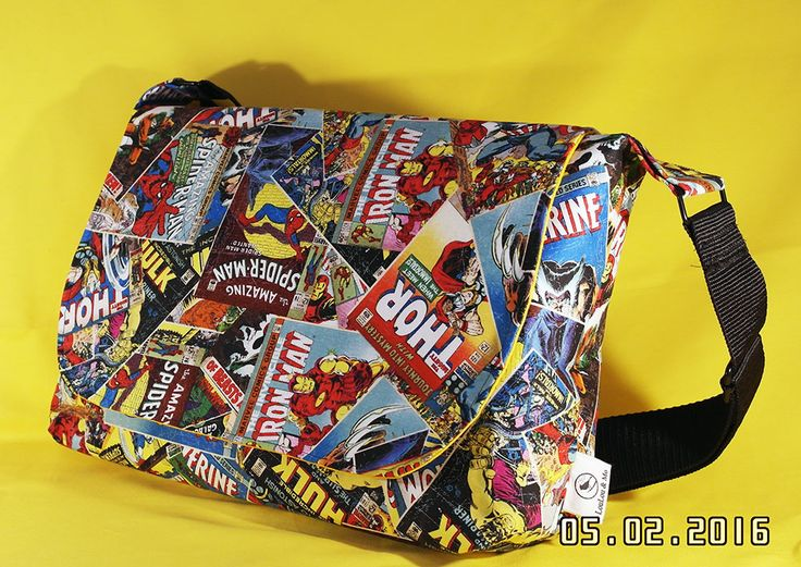 Perfect computer bag for a Marvel fan - love the Marvel Comic Book toss fabric