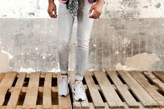 TRAMAROSSA Jeans grigio per uomo primavera estate 2015 http://www.rionefontana.com/it/jeans-uomo-online-store/4915-tramarossa-jeans-grigio-per-uomo-primavera-estate-2015.html Scarpe grigie per uomo primavera estate 2015 NIKE Lunar Internationalist http://www.rionefontana.com/it/scarpe-uomo-online-store/4317-scarpe-grigie-per-uomo-primavera-estate-2015-nike-lunar-internationalist-.html