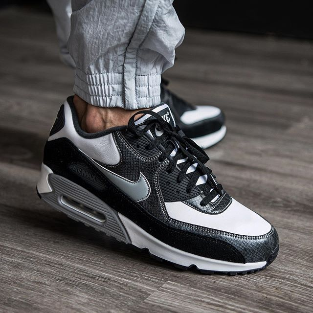 grey and nero nike air max 90 size 9