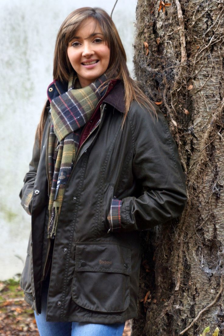 Barbour Classic Beadnell Ladies wax jacket in Olive Green with Matching Classic Tartan Scarf from Smyths Country Sports