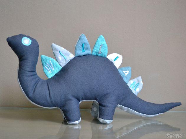 Doudou Dinosaure par Siana - thread&needles