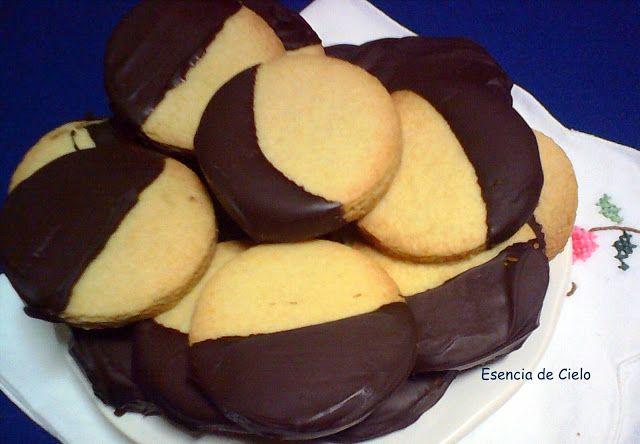 Galletas de almendra y naranja con chocolate