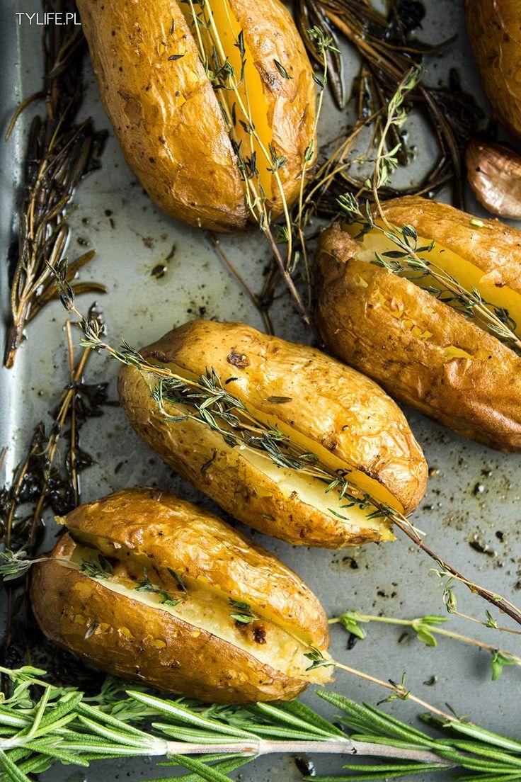 Taste Your Life - blog kulinarny : Pieczone młode ziemniaki.