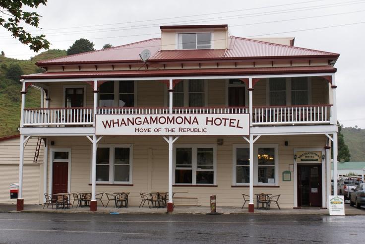 Whangomomona Hotel