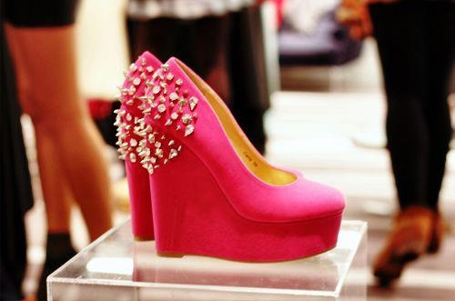 Spikes, pink, wedges<3Studs, Spikes Shoes, Platform, Pink Wedges, 2Dayslook Wedgesfashion, Spikes Pink, Wedges Shoes, Barbie, Heels