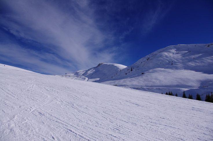 Beautiful snow mountains by Roxana Avramescu on 500px