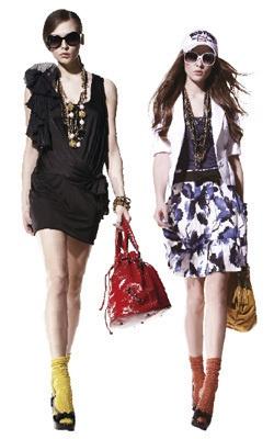 """Favorite Taiwan Brand """"iRoo"""""""