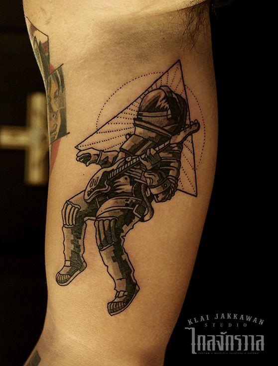 Klai Jakkawan Tattoo Studio / Design by Wanpracha / Tattoo by Armata