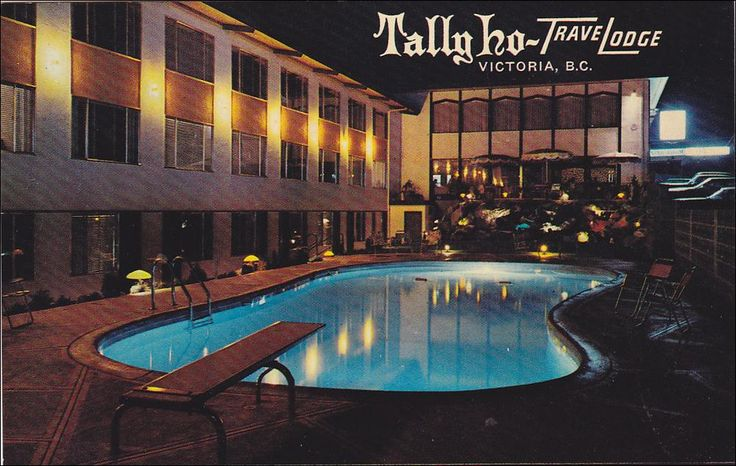 Swimming Pool,  Tally Ho-TraveLodge, Victoria,  B.C.,  Canada,   40-60s