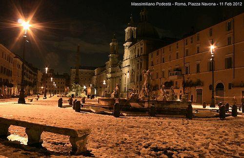 Snow in Navona Square