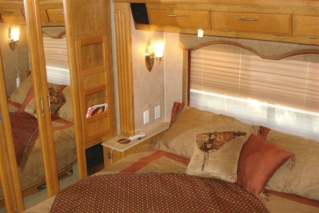 2007 Used Fleetwood Providence 39S Class A in Arizona AZ.Recreational Vehicle, rv, 2007 Fleetwood Providence 39S, Providence Motorhome for Sale. Excellent condition, recently serviced with brand new tires and new coach and chassis batteries. Coach always stored indoors or undercover when not in use. Nonsmoker. Coach is currently in Tucson but will be willing to transport. Private seller so no sales tax. Don't need the motorhome any longer so want to sell quick. $90,000 or best offer…