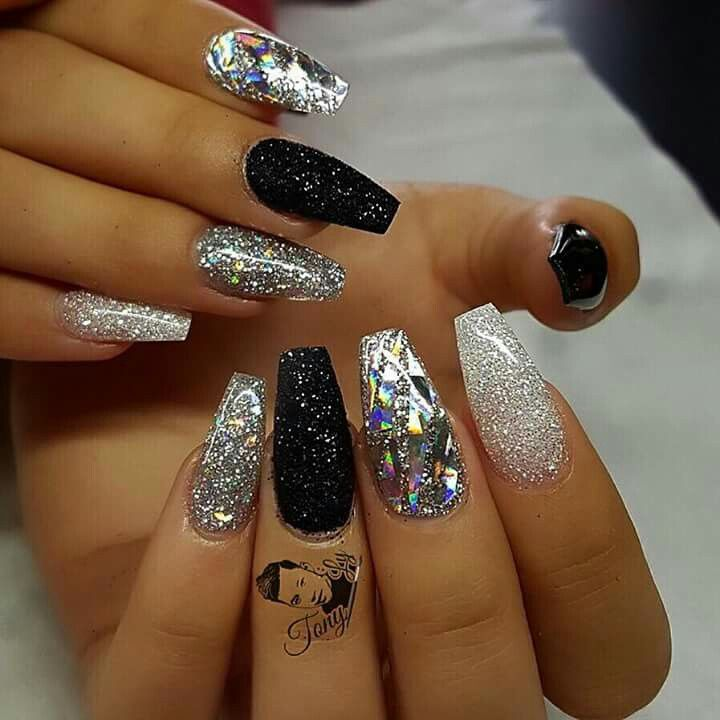 part 2 - diamond glitter, sliver glitter, shimmery black, silver and  diamond glitter mix together, and black nails - Best 20+ Black Acrylic Nails Ideas On Pinterest Dark Acrylic