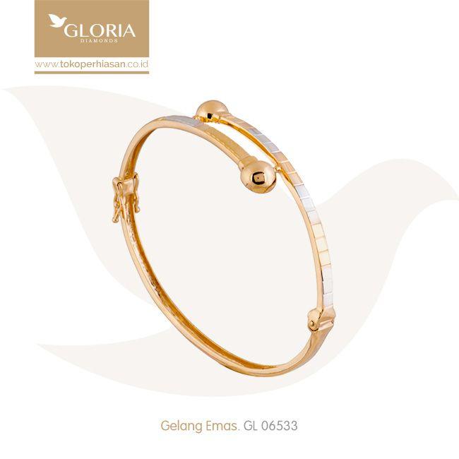 Gelang Tangan Model Tinju Silang Kombinasi Putih Kuning. #goldbracelet #goldstuff #gold #goldjewelry #jewelry #bracelet #perhiasanemas #gelangemas #tokoperhiasan #tokoemas