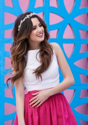 Laura Marano's Ultimate Prom Checklist                                                                                                                                                      Plus