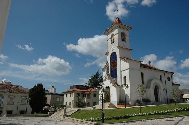 Excente fotografia da Capela de Santo António, em São João da Madeira, tirada pelo Marcelo Correia (Tripe19)