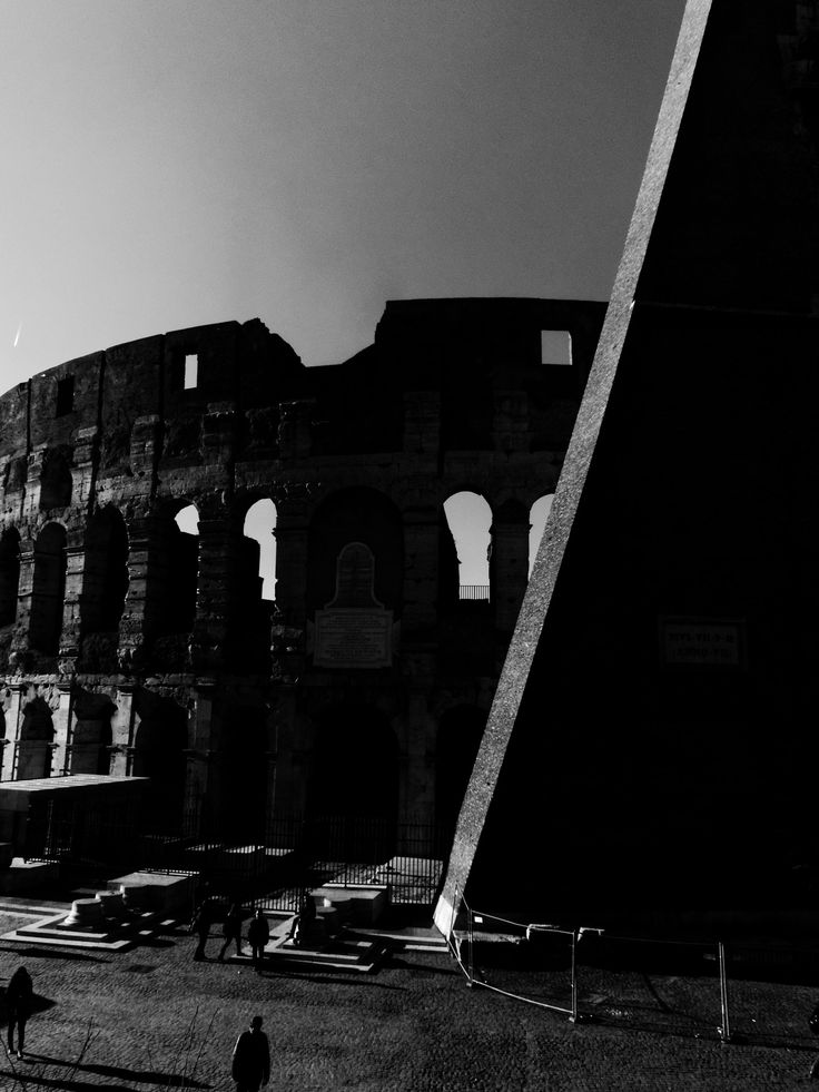 Untitled - Colosseo, Roma. www.costangelo.com